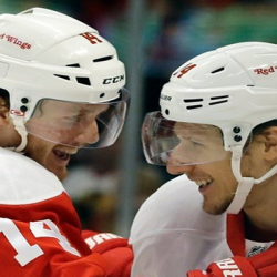 Detroit Red Wings Players Hit Each Other In the Nuts Before Blackhawks Game [Video]