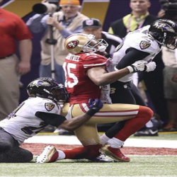 49ers WR Michael Crabtree Has a Torn Achilles; Could Miss the 2013 Season