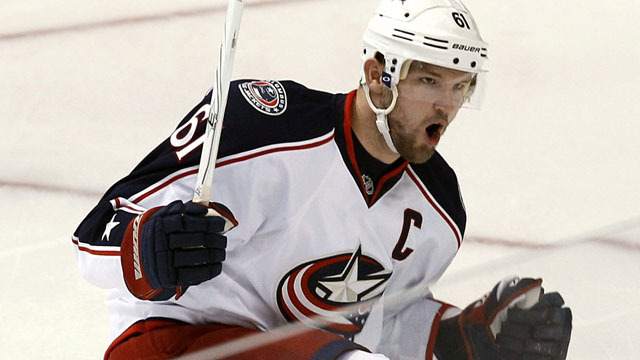 LA Kings could be in talks with Columbus Star Rick Nash.....