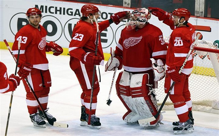 Red Wings Clinch Playoff Berth for Team-Best 21st Straight Year, with a 7-2 Win in Detroit....