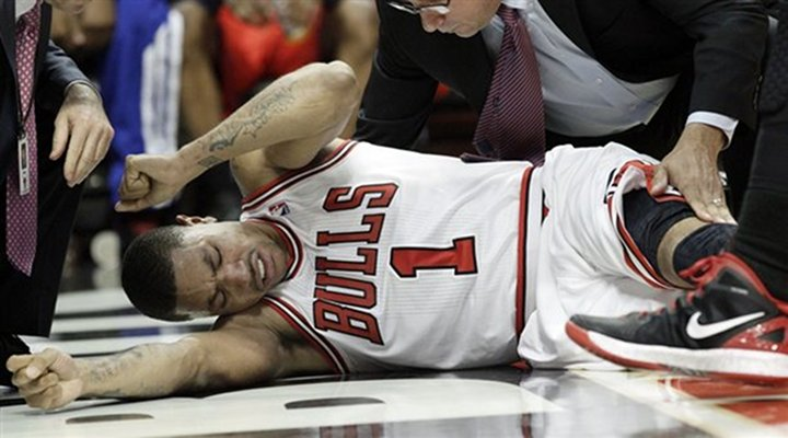 Derrick Rose Done For The Year Torn ACL & MCL - Bulls Cruise to 103-91 Victory Over the 76ers.. Chicago Leads Series 1-0
