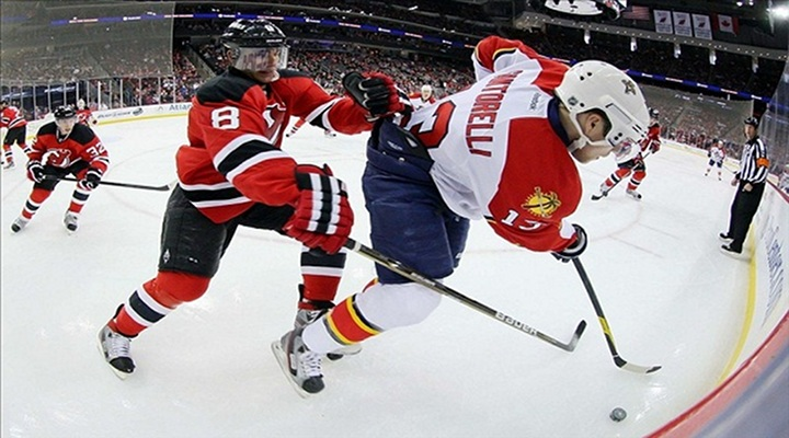 Stephen Weiss ScoresTwice in Panthers 4-2 Win Over the Devils - Series Tied at 1-1