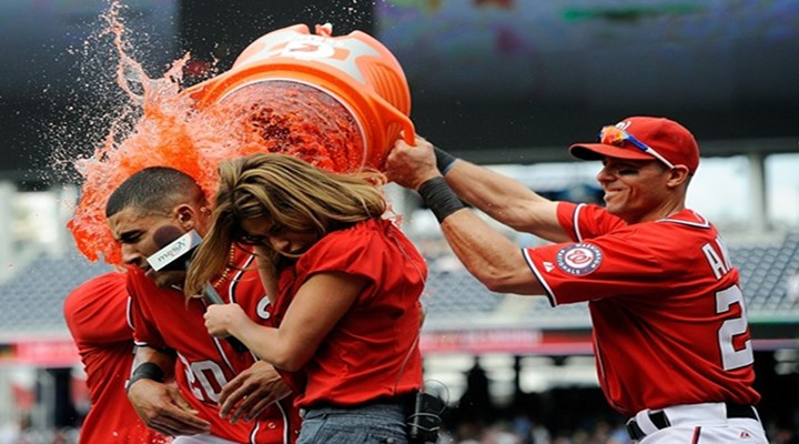 VIDEO:MASN Hottie Kristina Akra Gets a Gatorade Shower From Washington Nationals Players Rick Ankiel & Chad Tracy...