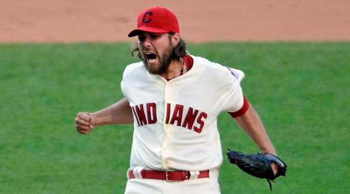 Indians Closer Chris Perez Doesn't Think Much of Cleveland, or Cleveland Fans!