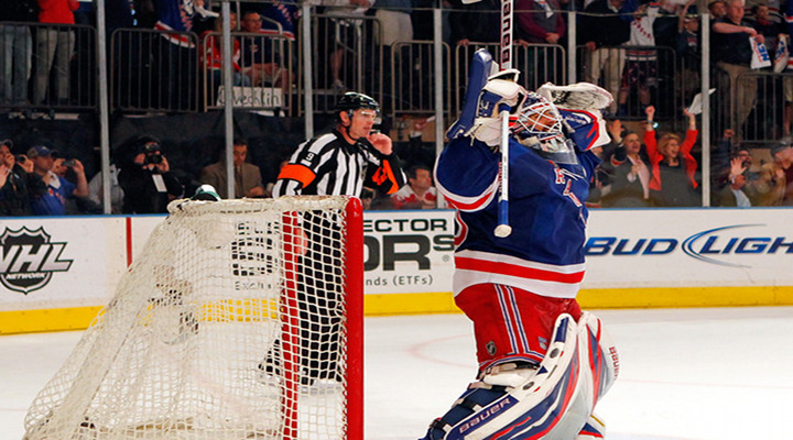 Lundqvist Makes 36 Saves to Blank Devils 3-0 in Game 3 - Rangers Lead Series 2-1