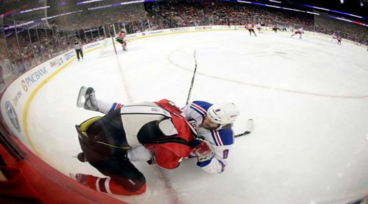 Should the Rangers Brandon Prust be Suspened for this Elbow on Devils Anton Volchenkov?... Dirty?