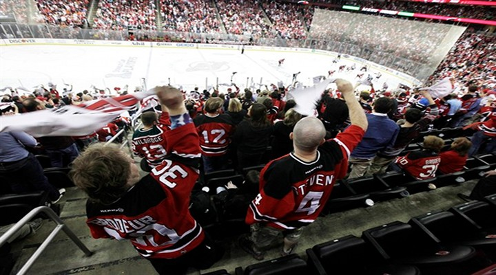 New Jersey Devils Beat Flyers 3-1 to Advance to the Eastern Conference Finals...