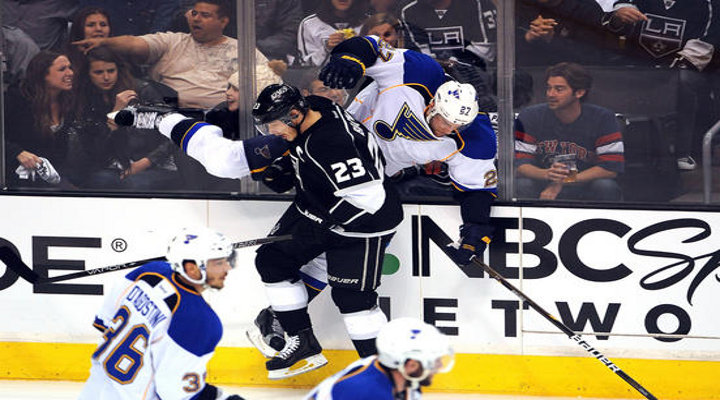 Kings Shut Down The Blues 4-2 in Game 3 to Take a Commanding 3-0 Series Lead....