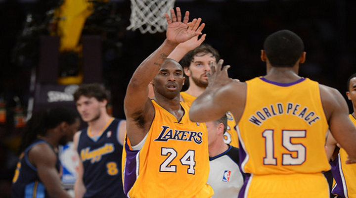 Metta World Piece & Kobe Hit Clutch Free Throws Down the Stretch to Beat the Thunder 99-96 - OKC Leads Series 2-1