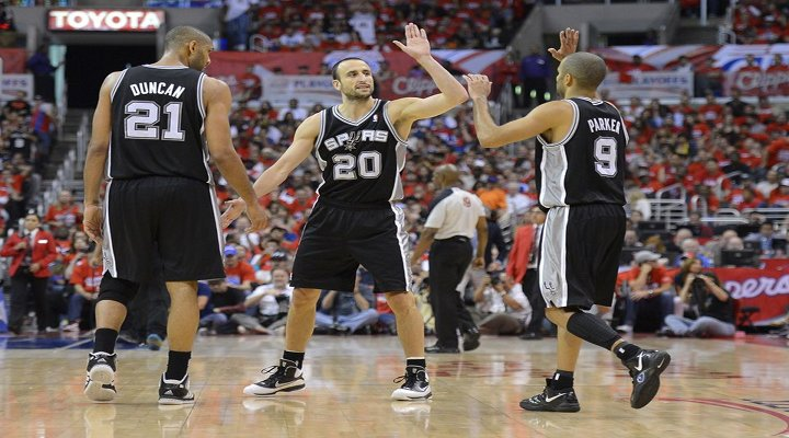Spurs Erase 24-Point Deficit with Third-Quarter Run to Take Commanding 3-0 Lead Over Clippers.....