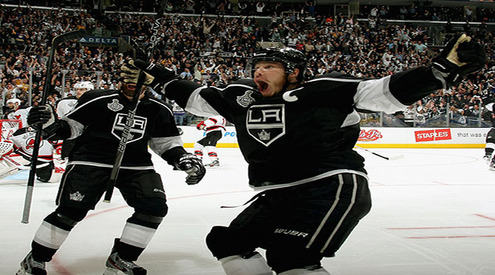 Jonathan Quick Earns Third Shutout of the Playoffs, Kings Beat Devils 4-0 in Game 3...