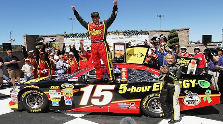 SPRINT CUP: Clint Bowyer Holds Off Kurt Busch to Win at Sonoma...