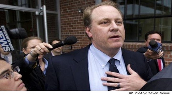 """Former Red Sox Pitcher Curt Schilling Says That He Has """"Lost His Entire Baseball Fortune"""""""