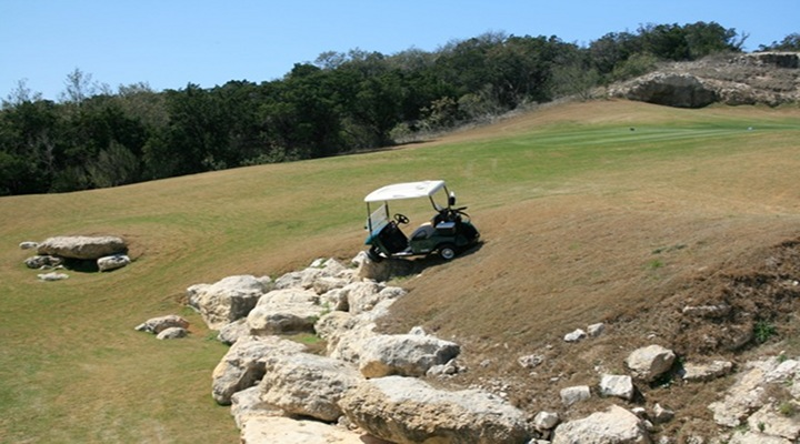 Volunteer at AT&T National Severely Cuts Neck in Golf Cart Accident!