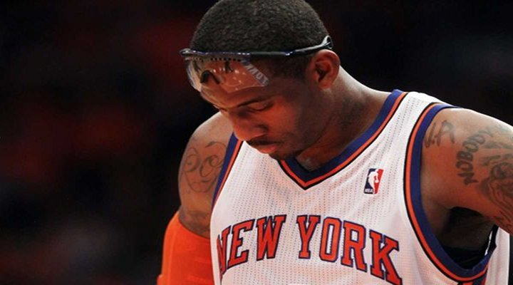 """Knicks Amar'e Stoudemire Fined $50,000 For """"Offensive and Derogatory Language"""" On Twitter"""