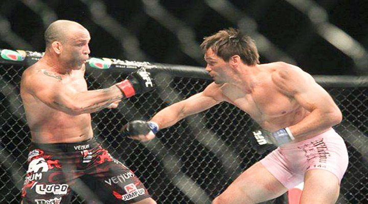 Rich Franklin Demonstrated How to Properly Recover From Getting Kicked In the Balls at UFC 147