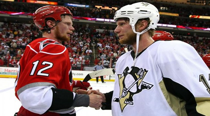 NHL News: Carolina Hurricanes Sign Jordan Staal to a 10-Year $60M Deal...