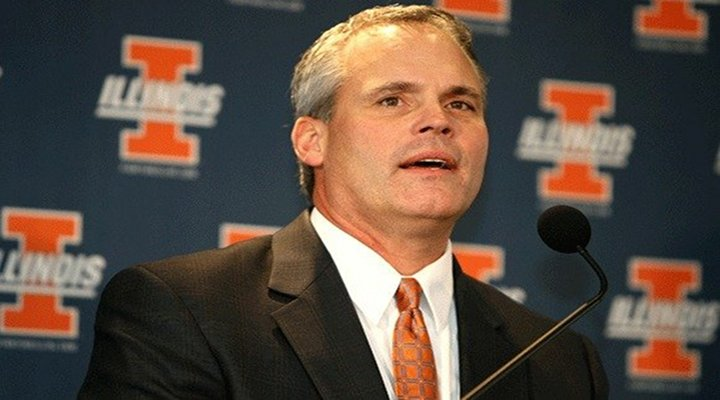 "Video: Illinois Coach Tim Beckman's ""Take Me Out to the Ball Game"" Rendition Was Horrible!"
