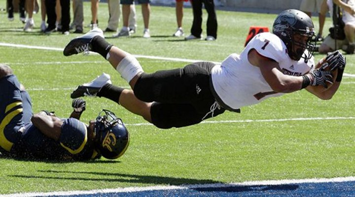 Video: Southern Utah Completed One-Handed Hail Mary Catch Against Cal