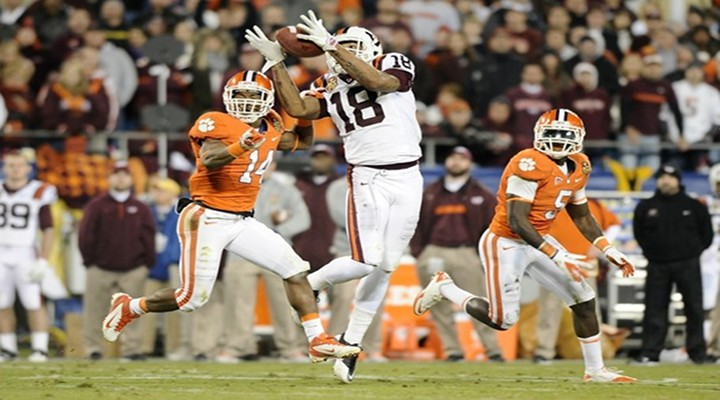 """Virginia Tech Safety Michael Cole Intercepted Tajh Boyd While """"Flat on His Back"""" [Video]"""