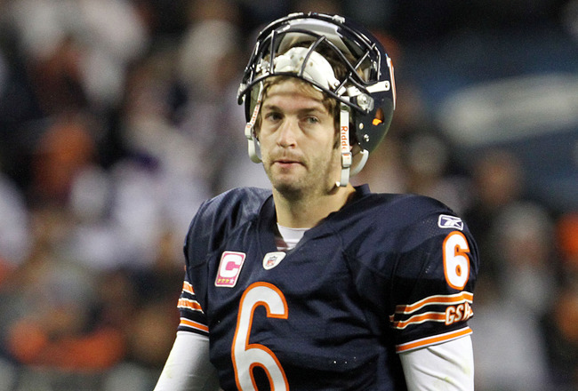 "Bears QB Jay Cutler Not Happy With Fans Booing Him After Three Turnovers; ""Fucking Fans, I Swear to God."" [Video]"