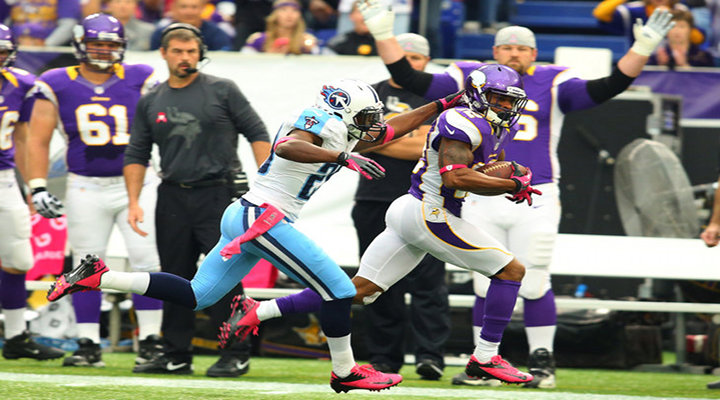 "Vikings Percy Harvin Scores Touchdown After Busting ""MADDEN"" Moves on the Titans Defenders [Video]"