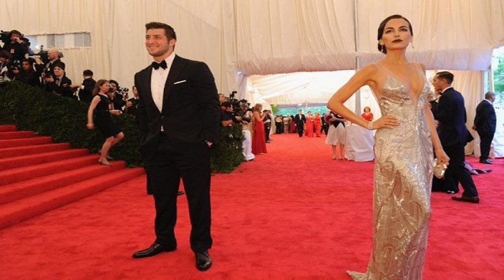 New York Jets Tim Tebow is Now Dating Actress Camilla Belle