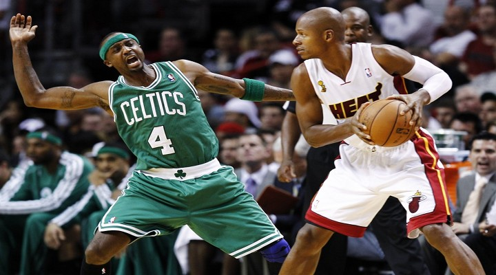 Celtics Kevin Garnett Ignored Heats Newly Aquired Ray Allen Before the Game [Video]