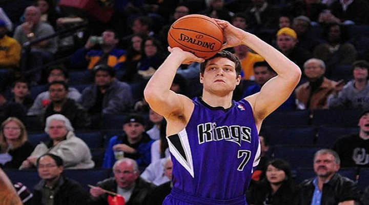 Should Jimmer Fredette Become a Shooting Guard