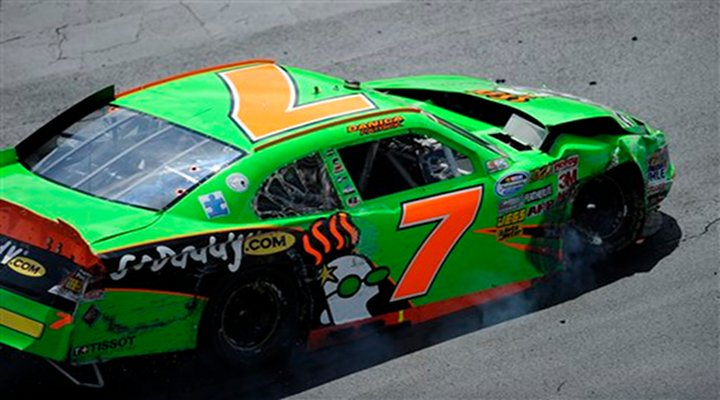 Danica Patrick Wrecked Her Car While Trying to Wreck Landon Cassill at the Casino 400 [Video]