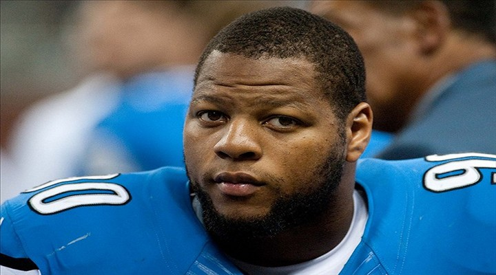 BoneHead: Lions Ndamukong Suh Involved in Another Car Accident, Accused of a Hit-and-Run on the Way to Practice...