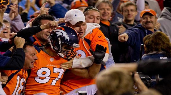 Broncos WR Eric Decker Celebrates Three Times After One Touchdown Catch [Video]