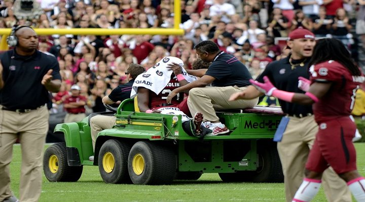 South Carolina RB Marcus Lattimore Suffered a Gruesome Leg Injury Today vs Tennessee [Video]