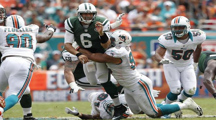 J-E-T-S: Mark Sanchez Gets Stripped & Fumbles Ball Off His Own Helmet [Video]