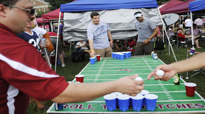 Alabama vs LSU Bought Out the Best in Tailgating; A Portable Smoker & Fifteen Kegs