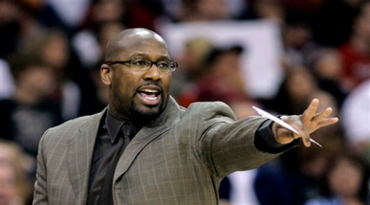 Teenage Son of Lakers' Coach Mike Brown Receiving Death Threats on Twitter After LA's 1-4 Start