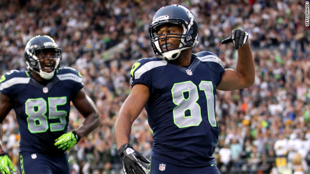 Catch of the Day: Seahawks WR Golden Tate Turns Potential Interception into Amazing Catch [Video]