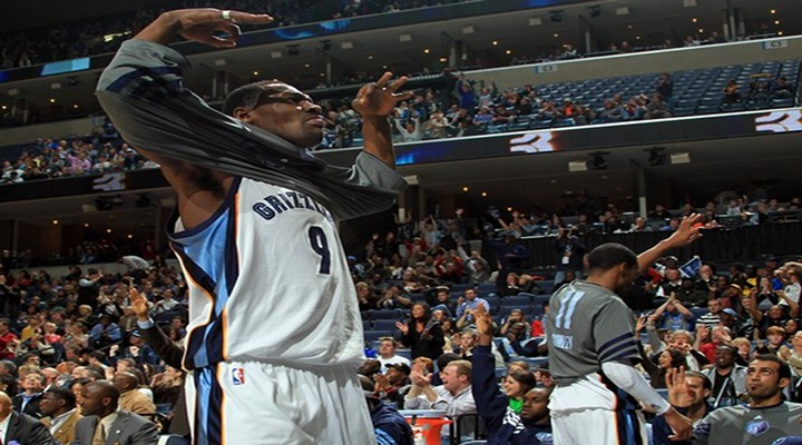 BoneHead: Grizzlies Tony Allen Pulled Kenneth Faried's Hair During Denver's Comeback Win Over Memphis [Video]