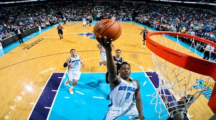 Hornets Al-Farouq Aminu Stole the Show withTwo Vicious Slam Dunks [Video]