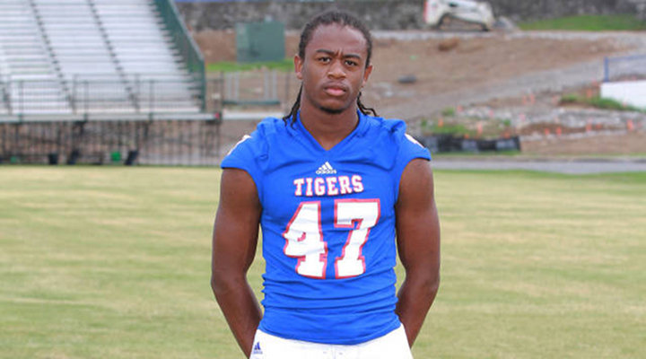 Tennessee State Freshman Football Player Passes Out & Dies During Practice