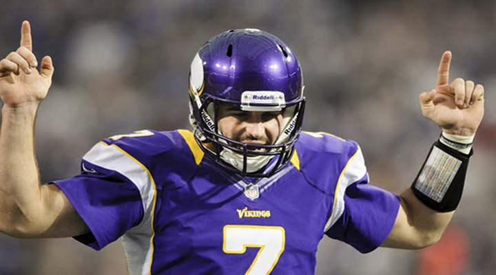 Vikings QB Christian Ponder Escapes Sack and Scores Rare Rushing Touchdown [Video]