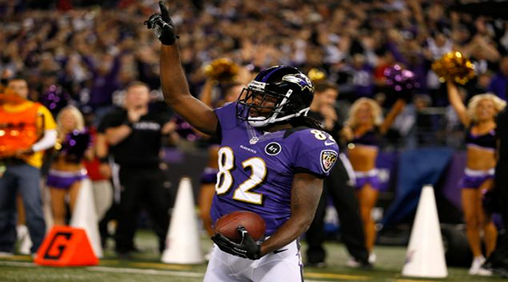 TD Dance of the Week: Ravens WR Torrey Smith Show His B-Ball Skills & Hangs On the Rim [Video]