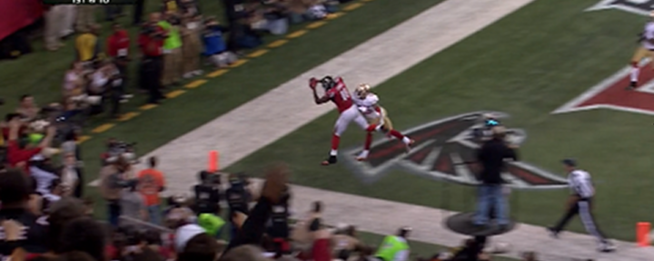 Falcons Julio Jones Makes Amazing Catch in Back of the End Zone for Second Touchdown of the Game [Video]