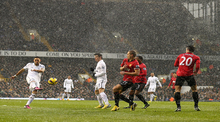Tottenham's Clint Dempsey Scored Injury Time Equalizer Against Manchester United