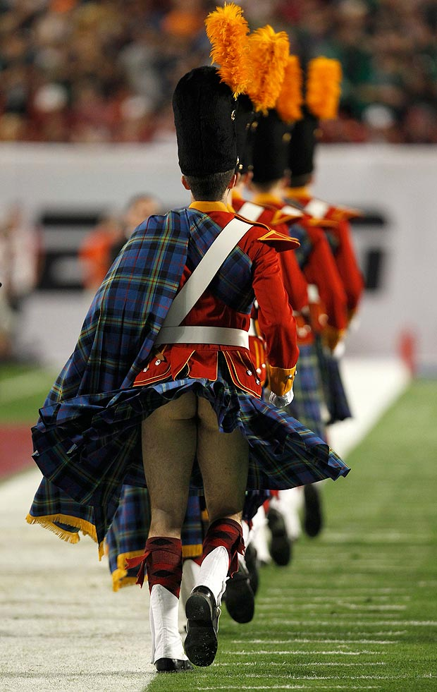 Notre Dame: Irish Guard Member Wore Nothing Under His Kilt During BCS Title Game