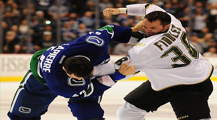 Three Fights in Three Seconds Between the Canucks and Stars [Video]