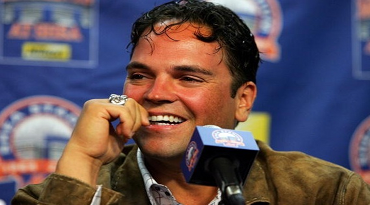 """Mike Piazza's Memoir Includes: Watching Porn In Dodgers Clubhouse, Getting Punched Debbe Dunning & Would Have Been """"Gay All The Way"""""""