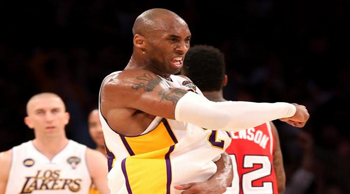 Lakers Rally Behind Kobe Bryant's Late Game Heroics to Beat the Raptors in Overtime [Video]
