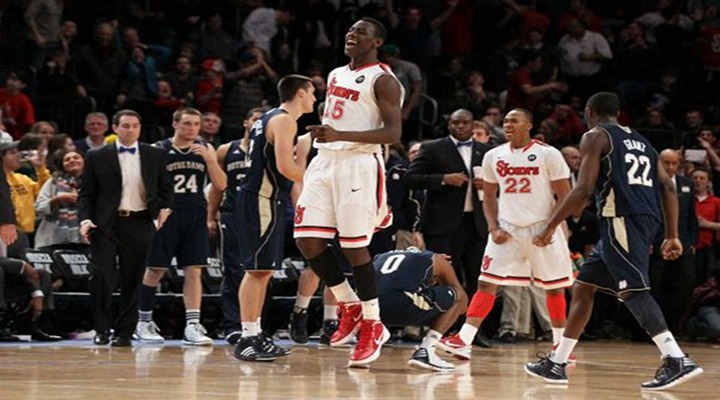Sir'Dominic Pointer Punched Notre Dame's Star Cameron Biedscheid in the Face, Both Were Ejected [Video]