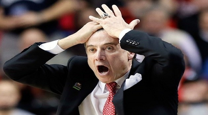 Louisville Head Coach Rick Pitino Decides To Get Cardinal Tattoo on Left Shoulder